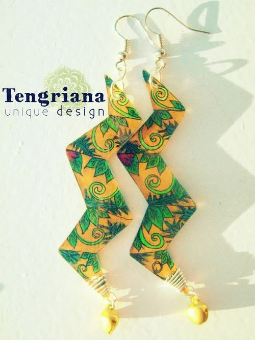 Tengriana • Graphically Designed Jewelry - Mandalightning, Artdecoloratio and Jungellian designs