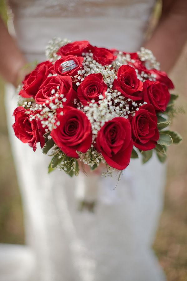 red rose babys breath bouquet red rustic squires farms wedding photographer