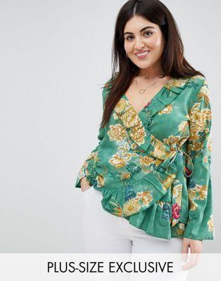 61f377204286 Boohoo Plus exclusive plus floral wrap top | Tara Summer | Fashion ...