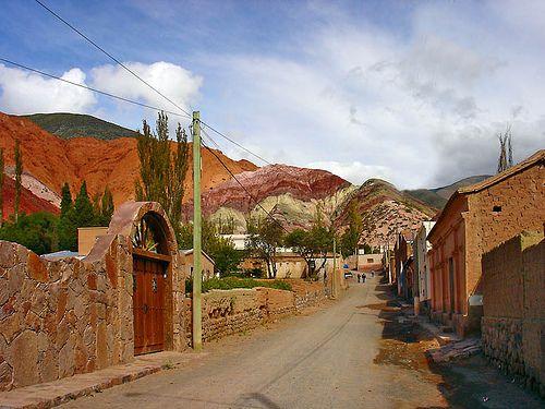 """Jujuy - La Quebrada de Humahuaca """"Habia una vez una vaca, que se caillo en La Quebrada de Humahuaca."""""""