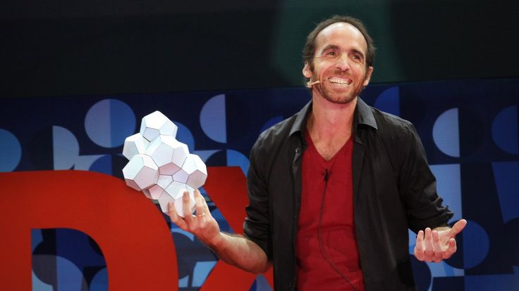 With humor and charm, mathematician Eduardo Sáenz de Cabezón answers a question that's wracked the brains of bored students the world over: What is math for? He shows the beauty of math as the backbone of science — and shows that theorems, not diamonds, are forever. In Spanish, with English subtitles.