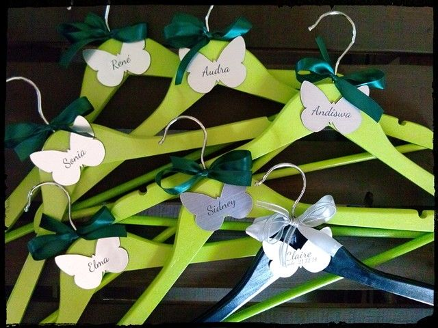 Brideal party hangers