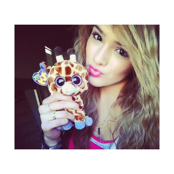 chachi gonzales ♛ ❤ liked on Polyvore