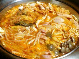 旨辛♪韓国のお鍋☆プデチゲ