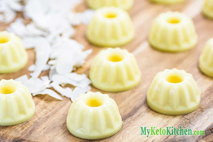 A simple and very tasty snack that tastes just like a classic cocktail, our Low Carb Pina Colada Fat Bombs will take you back to those summer flavors.