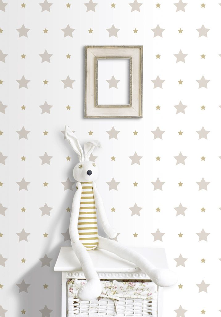 Papel pintado infantil treboli, extraordinaria colección de papel de pared infantil ideal para decorar la habitaciones de lo más pequeños, en ella encontraras tanto motivos para niñas como para niños y diseños unisex como estrellas, nubes, topos , todo ello en http://www.papelpintadoonline.com/es/393-papel-pintado-infantil-treboli