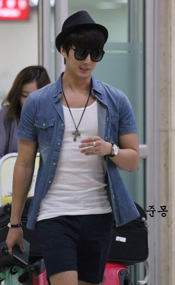 [Fanpic] Kim Hyung Jun - Aeropuerto Gimpo desde Japón [28.08.13]