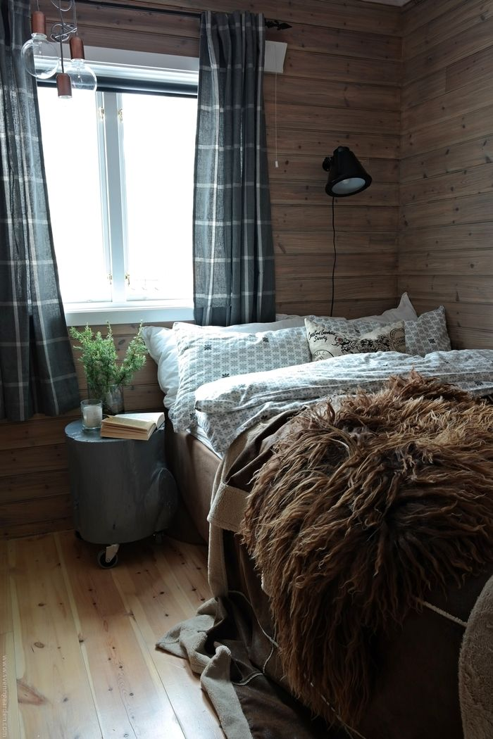 Svenngården: Interiørdesign: Soverom på hytte - før og etter