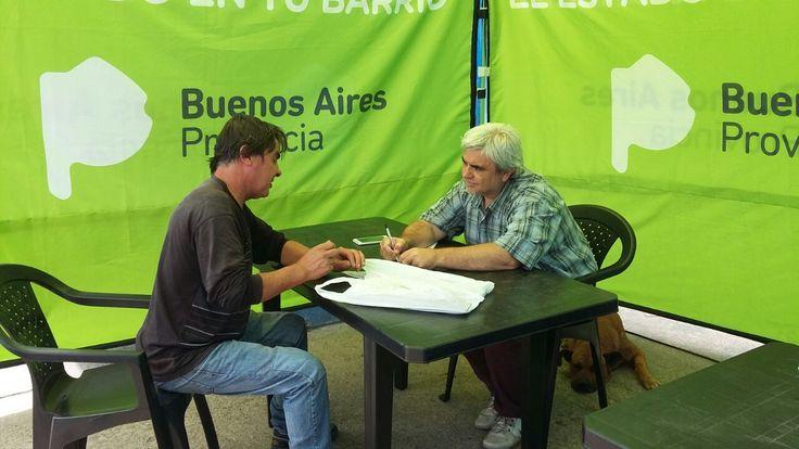 """Pablo M Quiroz en Twitter: """"El Director de Discapacidad Domingo Giannini asesorando personalmente a los vecinos del Barrio Belgrano #ElEstadoentuBarrio @DesSocialMGP https://t.co/QtOaFNBBda"""""""