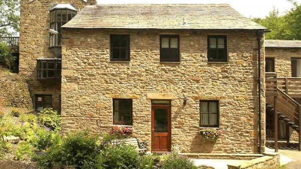 Idyllic romantic bolthole hidden in the Forest of Bowland in Lancashire, Bowland Bower Cottage. www.iknow-northwest.co.uk