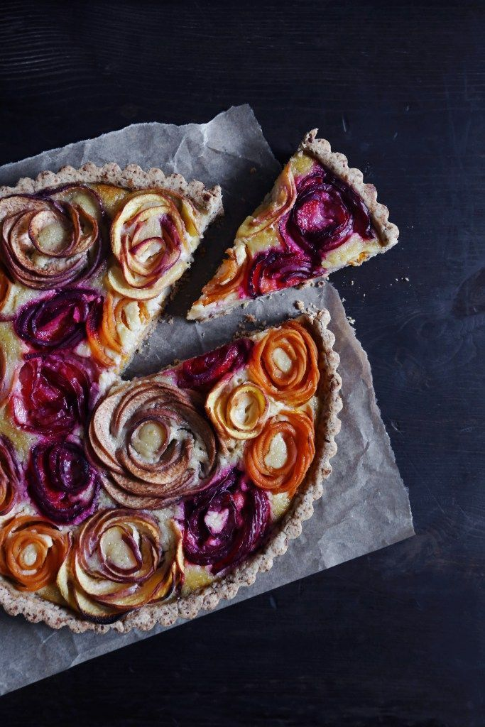 Stone Fruit Almond Tart / Free of gluten and refined sugar