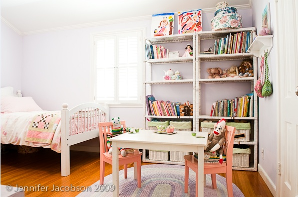 organization inspiration for a small girl's room.  need some shelves in the girls room.