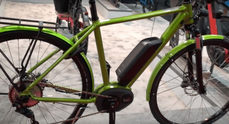 In this fourthpart of the new 2018electric bikes report you will see videos of the latest eBikes from: Riese & Muller,Genze, Biomega, IZIP, Magnum, Tern, and Urban Arrow. Make…