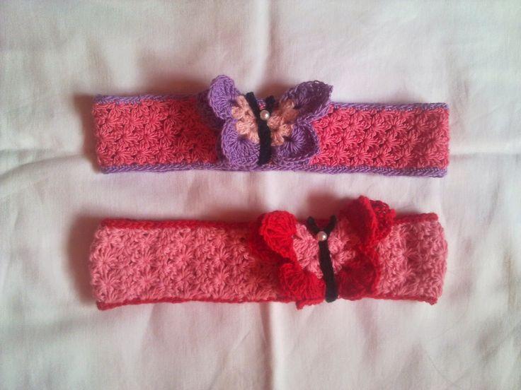 Hainute copii tricotate si crosetate la comanda: Bentite cu fluturas 3D