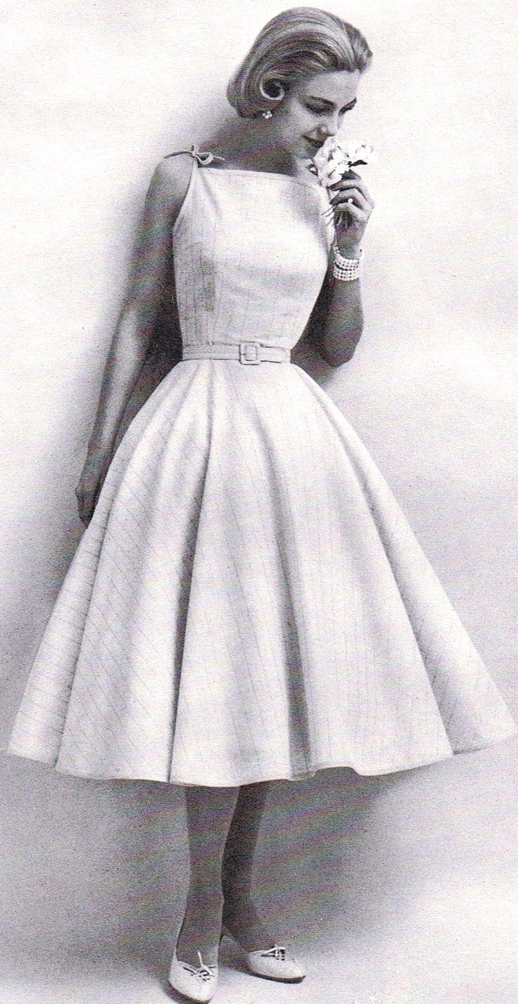 sweet 50's dress modeled by Gretchen Harris