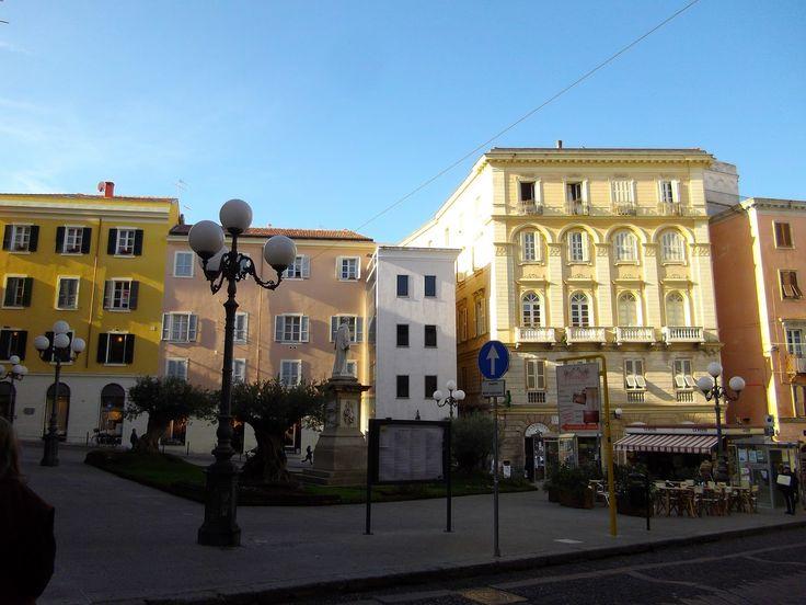 Piazza Azuni