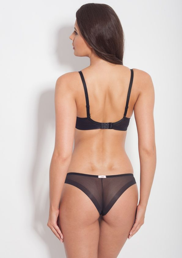 Samanta lingerie - New collect Heka black bra: A479 pants: M200 www.samanta.eu