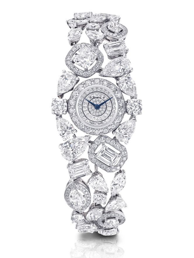 The stunning diamond timepiece recalls the drama and illumination of a night sky filled with electrifying stars.