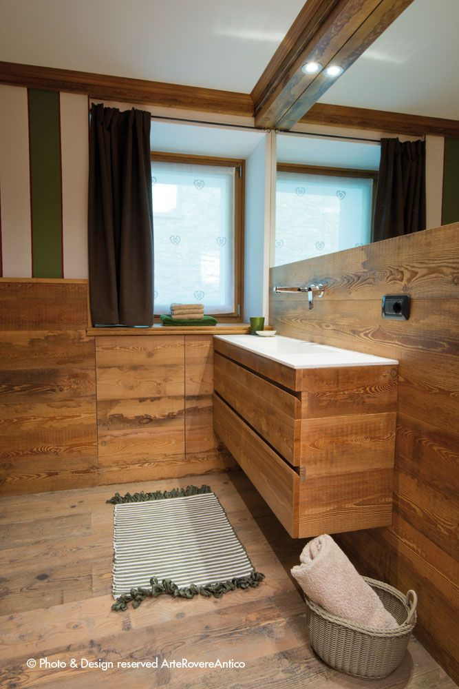 || Arte Rovere Antico - Photo by Duilio Beltramone for Sgsm.it || Casa Verde - La Thuile - Wood Interior Design - Bathroom