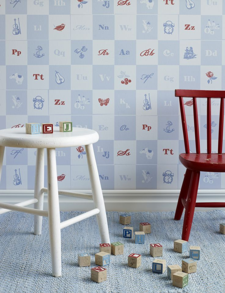 Engla & Elliot childrens wallpaper from Sandberg. Typically Swedish, not only attractive but also an educational design.
