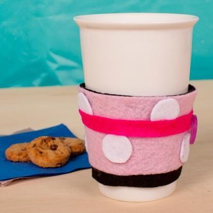 DIY Mug Cozy DIY Minnies Cup Cozy DIY Mug Cozy