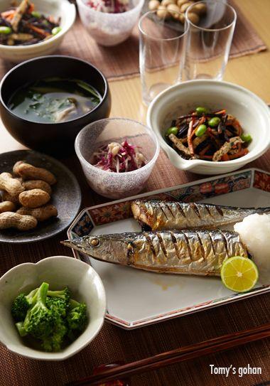 <9月29日の晩ごはん> 塩茹で落花生 スダチ締め秋刀魚 オクラとえのき茸とわかめの和...
