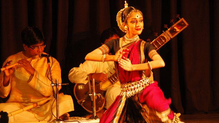 omo os sistemas Hindustani e Carnatic, estilo clássico de música do norte e do sul da Índia respectivamente, a música Odissi é um sistema de música clássica que contêm as mesmas qualidades e potencial das formas clássicas. A tradição musical data do séc. X e inúmeros tratados que atestam seu classicismo foram escritos entre o …