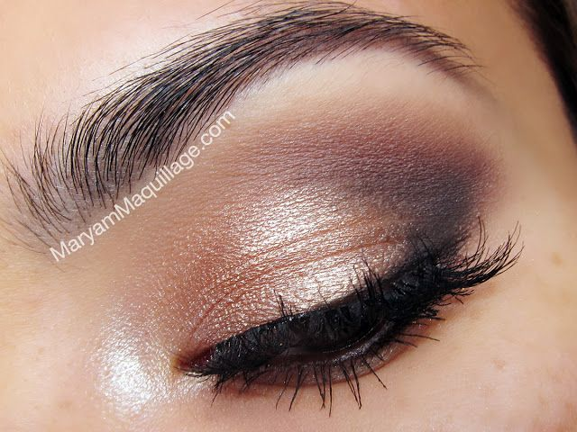 "Daytime smoky eye using UD Naked 2 palette. YDK -- lid Chopper -- center lid Tease -- crease Busted -- lower lash line Blackout -- outer ""v"" Verve -- inner corner Foxy -- brow bone"