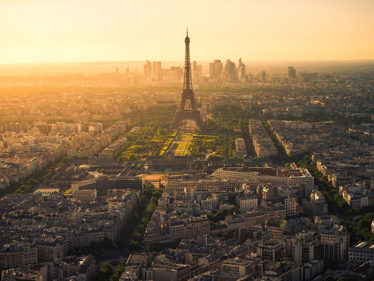 Discover how to avoid the mistakes first-timers make in the City of Light.