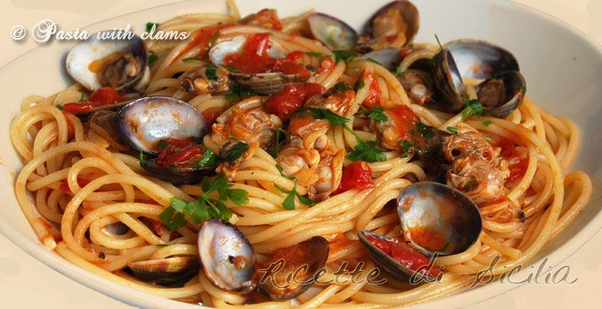Fish is one of he main ingredients in sicilian cuisine, as a matter of fact Sicily is an island and all of th sicilian citizens are really attached to the sea and its fruits. Clams are the main ingredient in this sicilian recipe together with Pachino cherry tomatoes, another tipical product of Sicily.