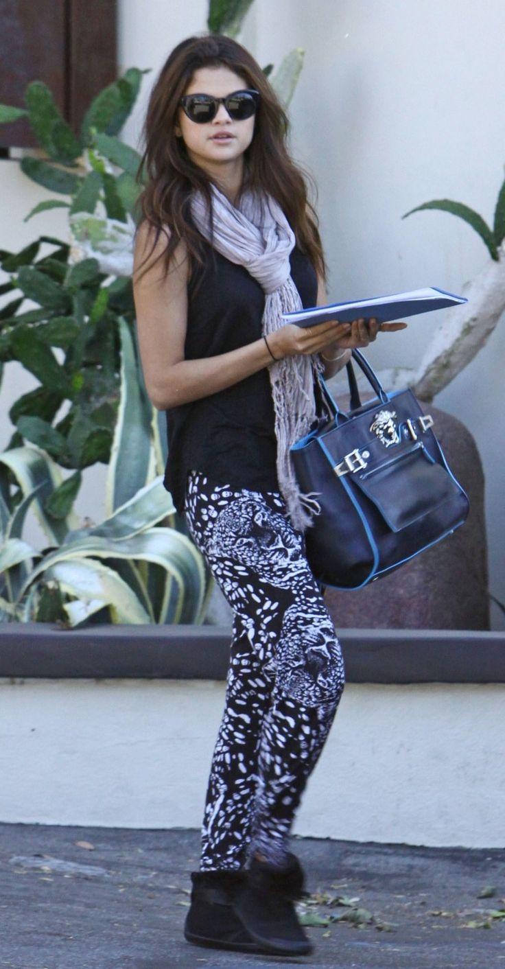 Celebrity Street Style Selena Gomez Fashion Fashionone Outfit Pinterest