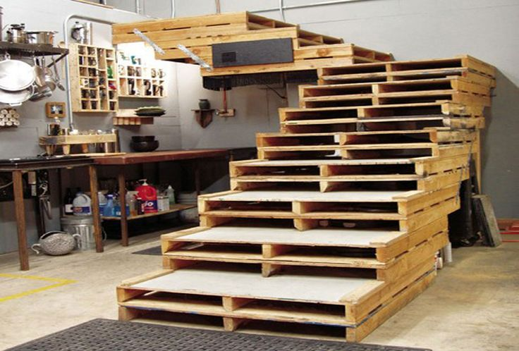 how to make stairs out of pallets