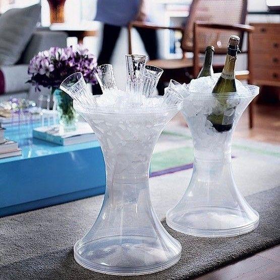 Alguém aí preparado para o happy hour {} Amei a forma de colocar gelo e as bebidas