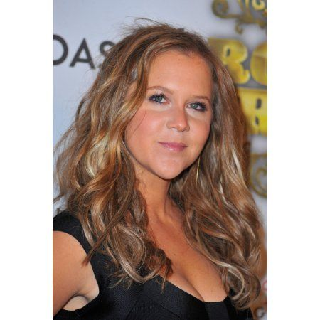 Amy Schumer At Arrivals For Comedy Central Roast Of Donald Trump Canvas Art - (16 x 20)