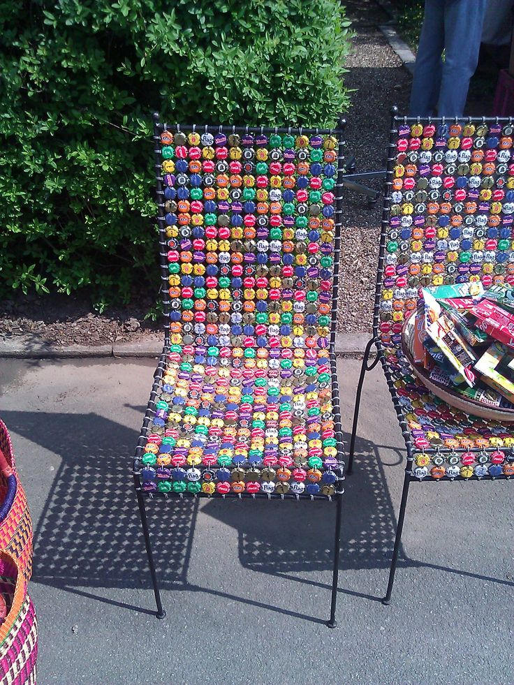 Stuhl aus Kronkorken