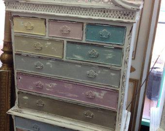 Vintage Inspired chique gasto Multi-Colored Queen Anne Gabinete Dresser