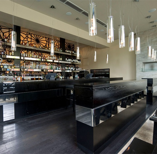 Eight Over Eight offers a buzzing atmosphere and fabulous pan-Asian cuisine.