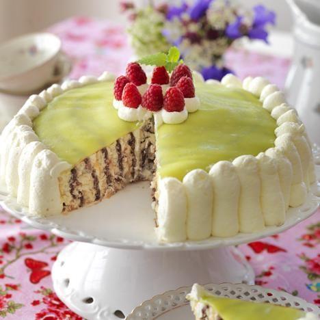 Karuselltårta med nougatfyllning