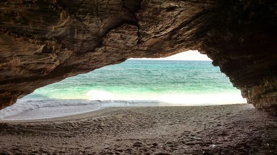 Varelaioi beach...south  Evia #alykes #evia #marmari #hotel #greece #greekislands #vacations #relax #traditional