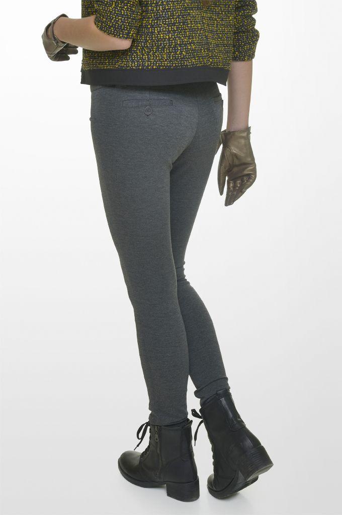 Sarah Lawrence - bouclé crew neck zip blazer with black trimming, lace shoulder jersey top, skinny pant.