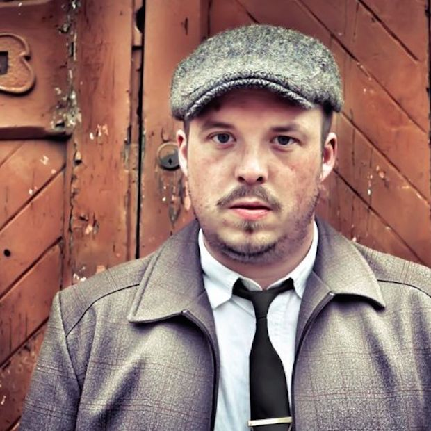 .GIGsoup talk to Glasgow singer-songwriter Mark McGowan about records deals, 2016 & the Glasgow scene - http://www.gigsoup.co.uk/interviews/mark-mcgowan-interview/?utm_content=buffera76f0&utm_medium=social&utm_source=pinterest.com&utm_campaign=buffer In Black Records