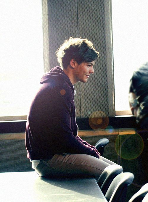 Louis Tomlinson: Angel, Direction Infection, Attraction Boysmen, One Direction, St. Louis, Onedirect, Boobear, Louis Tomlinson, Louistomlinson
