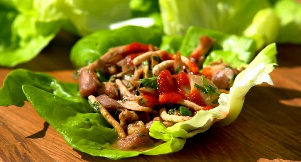 Pulled Chicken Lettuce Wraps