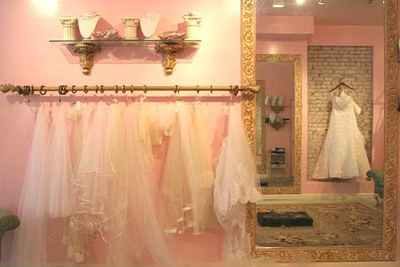 Google Image Result for http://images.nymag.com/listings/store/3adriennes156orchard.jpg
