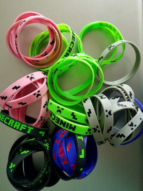 Minecraft Wristbands silicone bracelets party favor birthday 10pcs