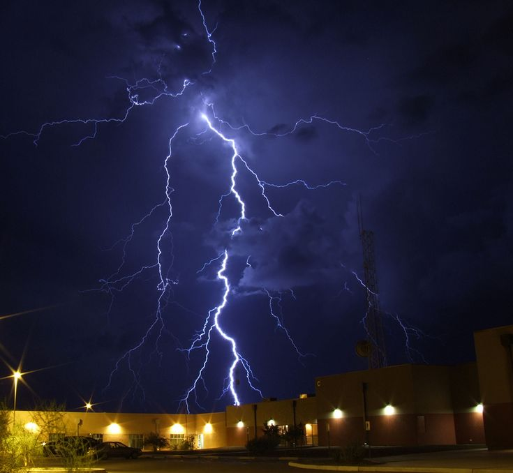 https://flic.kr/p/5RkSmf | Extreme Ways | On 18 August, 2008 was like any other summer monsoon evening. I started out around 7 P.M. to try and catch a few lightning strikes. I postioned myself around the new Cochise County Courthouse Complex in hope of catching a strike using the building as a measure for depthness.I had some luck this past summer doing this with other objects. The storm's were passing through on the back side of the building and heading southward. I had captured two or…