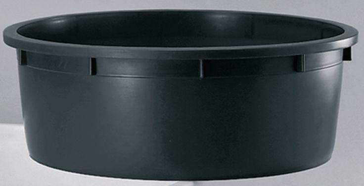 MASTELLONE VASO NERO CON FORI PER PIANTE LT. 350 https://www.chiaradecaria.it/it/vasi-in-plastica/10831-mastellone-vaso-nero-con-fori-per-piante-lt-350.html