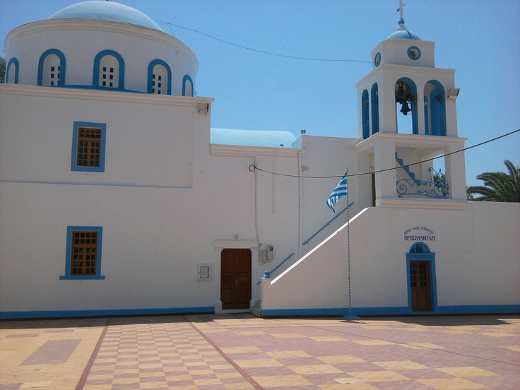 Beautiful church in Kardamena Kos, for more information check out http://www.kosexplorer.com/place/kardamena