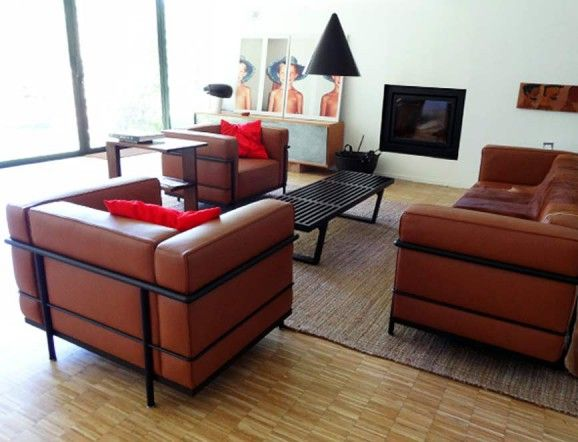 lc3 grand confort grand mod le le corbusier. Black Bedroom Furniture Sets. Home Design Ideas