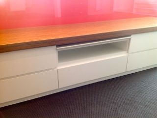 Laminate Media Unit | Melbourne | sydney